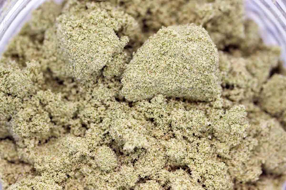 Dry sift/ dry sieve hashish hash
